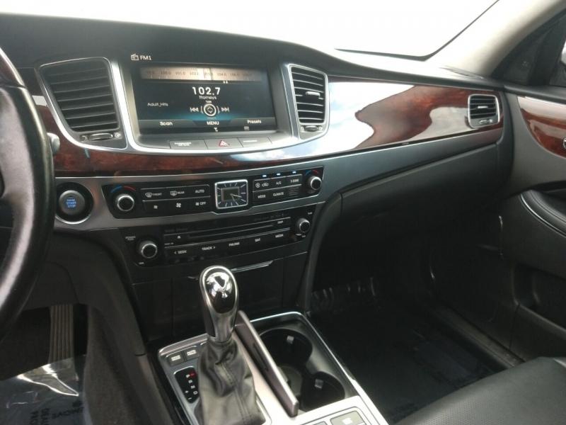 Hyundai Equus 2016 price $22,999