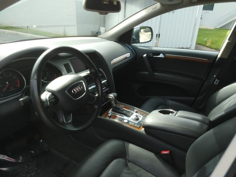 Audi Q7 2014 price $17,499