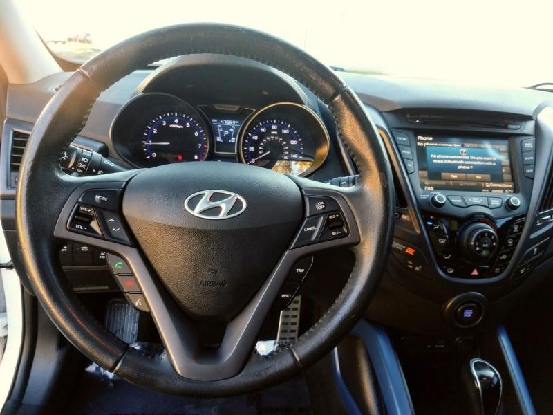 Hyundai Veloster 2013 price $10,999