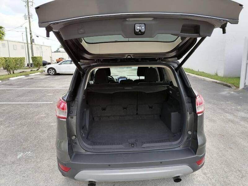 Ford Escape 2014 price $9,999