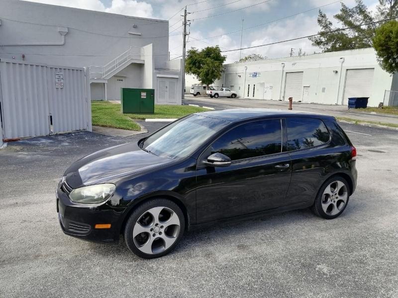 Volkswagen Golf 2010 price $3,999