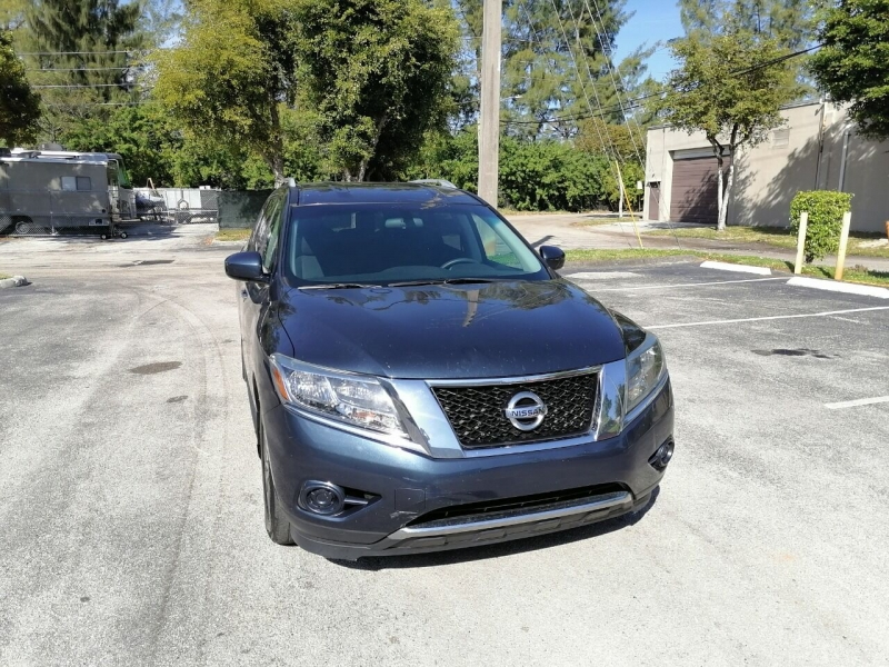 Nissan Pathfinder 2015 price $8,999