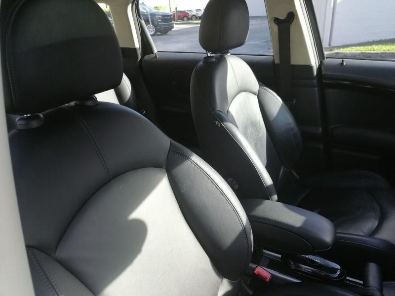 MINI Cooper Countryman 2011 price $9,499