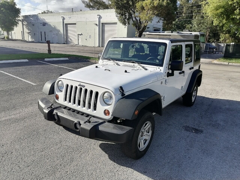 Jeep Wrangler Unlimited 2015 price $19,499