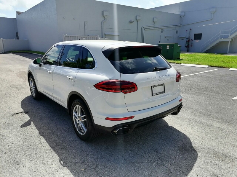 Porsche Cayenne 2016 price $28,999