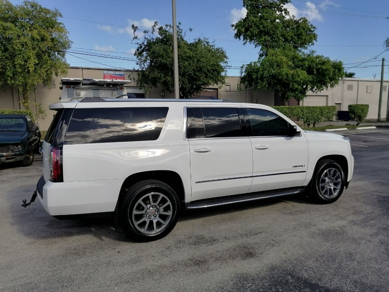 GMC Yukon XL 2016 price $26,499