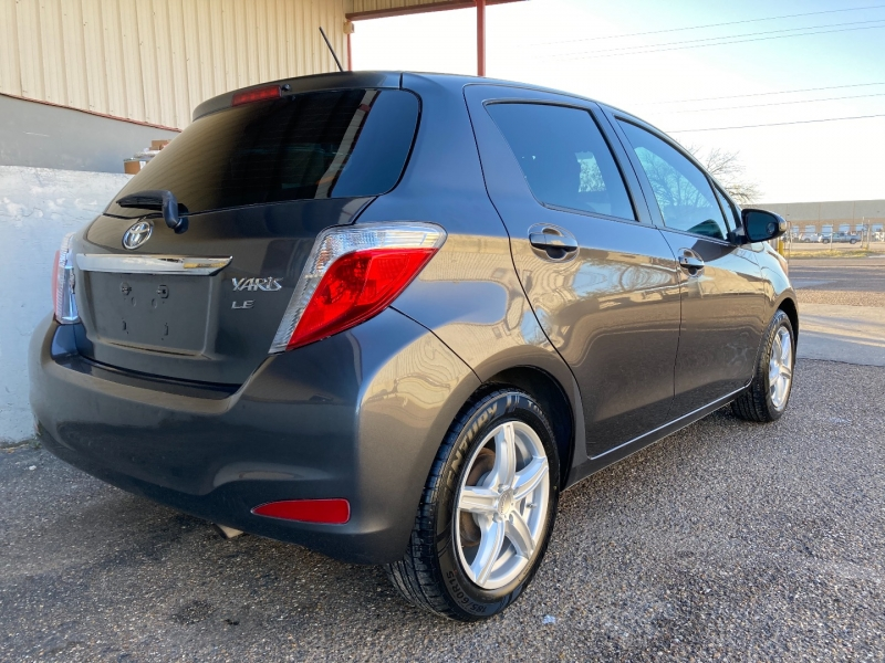 Toyota Yaris 2012 price $5,900 Cash