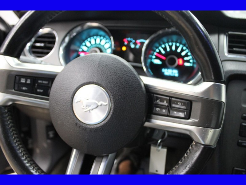 FORD MUSTANG 2014 price $17,999