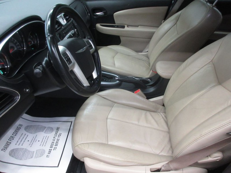 CHRYSLER 200 2013 price $6,999
