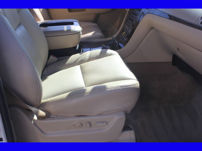 CADILLAC ESCALADE 2010 price $14,995