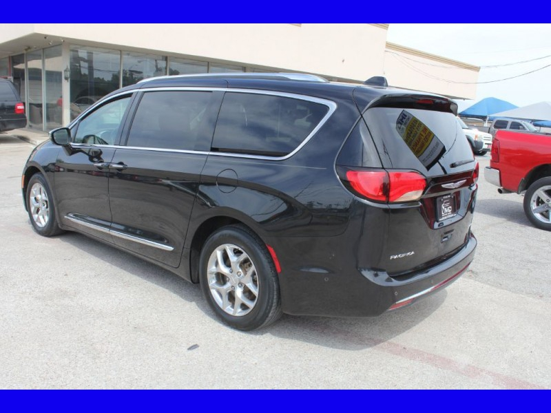 CHRYSLER PACIFICA 2017 price $22,999