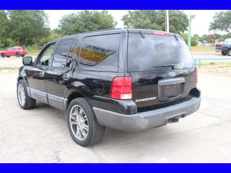 FORD EXPEDITION 2004 price $8,999