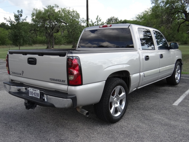 Chevrolet Silverado 1500 LS Crew cab 2005 price $7,495