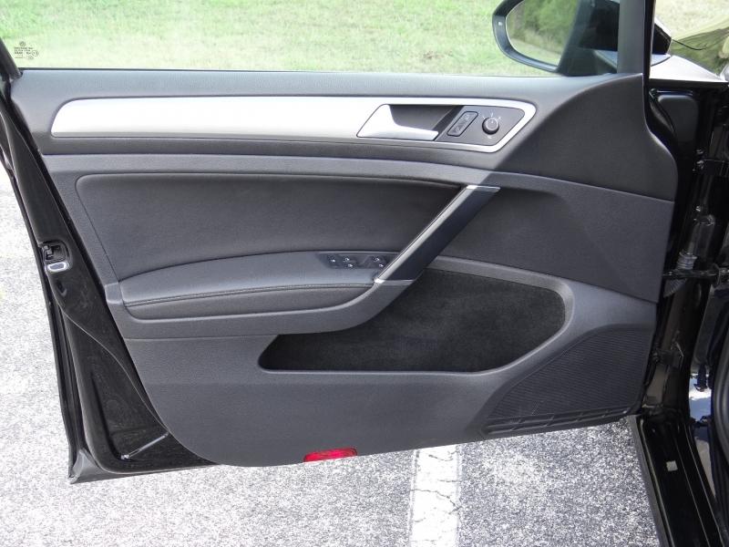 Volkswagen Golf TSI S Auto Hatch back 2015 price $9,995