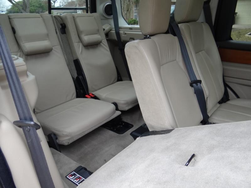 Land Rover LR4 2011 price $11,495