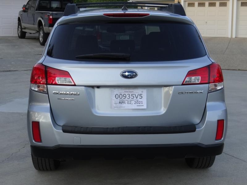 Subaru Outback Limited 2.5i 2014 price $12,995