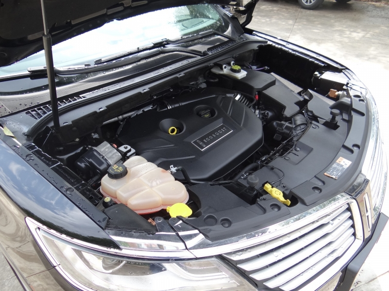 Lincoln MKC Premier 2016 price $14,795