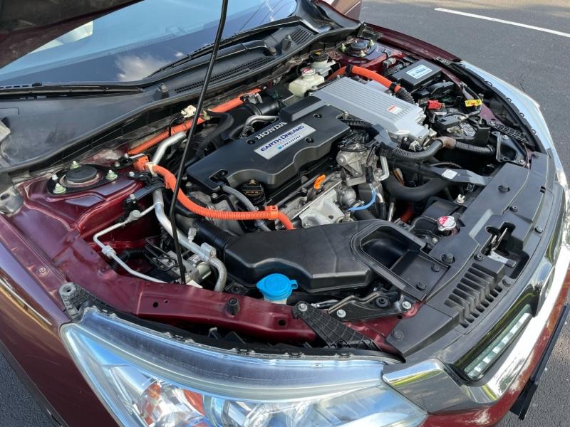 Honda Accord Hybrid Touring 2014 price $9,995
