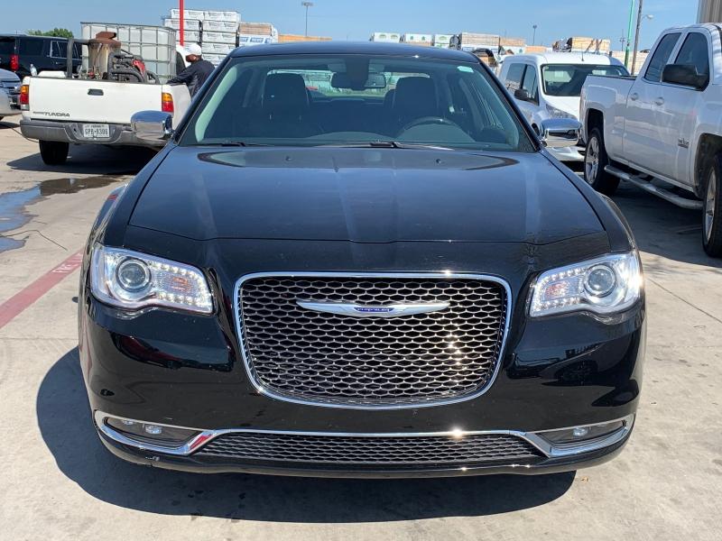Chrysler 300 2019 price $28,900
