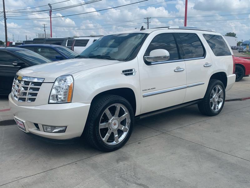 Cadillac Escalade 2013 price $23,900