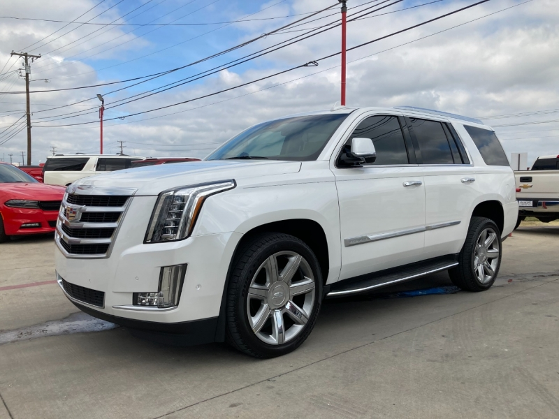 Cadillac Escalade 2017 price $47,900