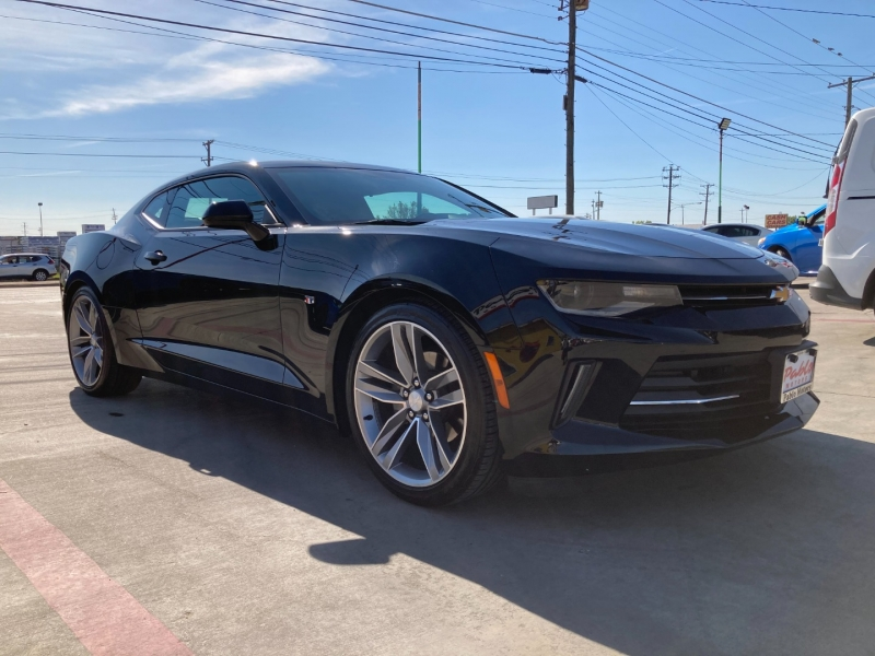 Chevrolet Camaro 2018 price $29,990