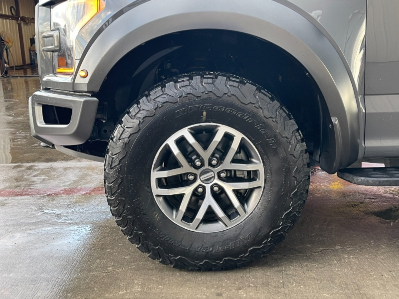Ford F-150 2018 price $53,900