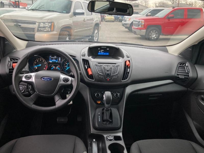 Ford Escape 2016 price $14,900