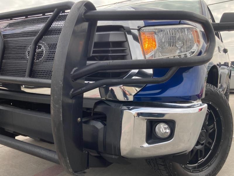 Toyota Tundra 4WD Truck 2015 price $27,900