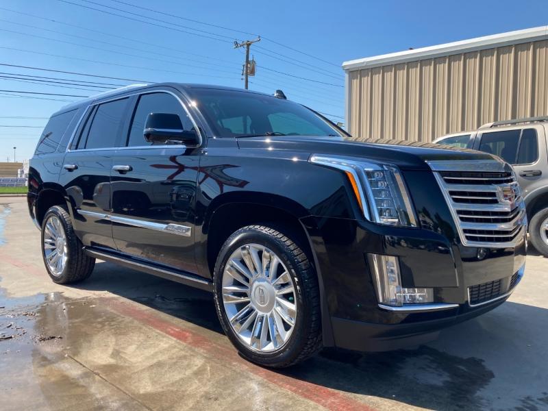 Cadillac Escalade 2016 price $50,900