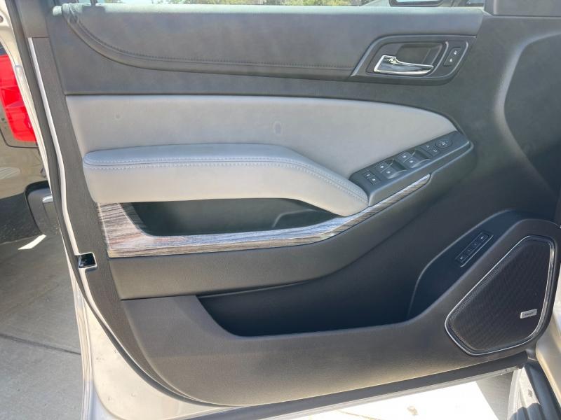 Chevrolet Suburban 2019 price $51,900