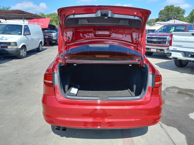 Volkswagen Jetta 2017 price $13900