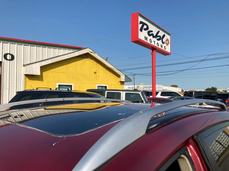 Nissan Rogue 2012 price $14900