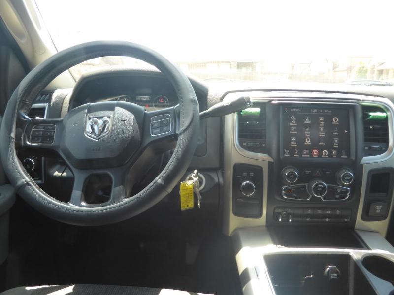 Dodge Ram 3500 2015 price $29,995