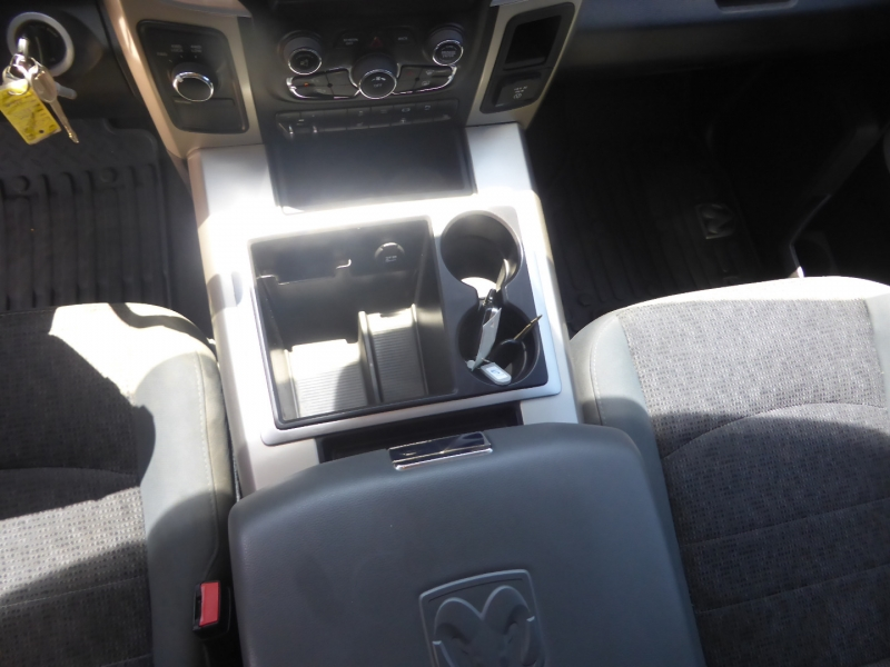 Dodge Ram 3500 2015 price $37,995