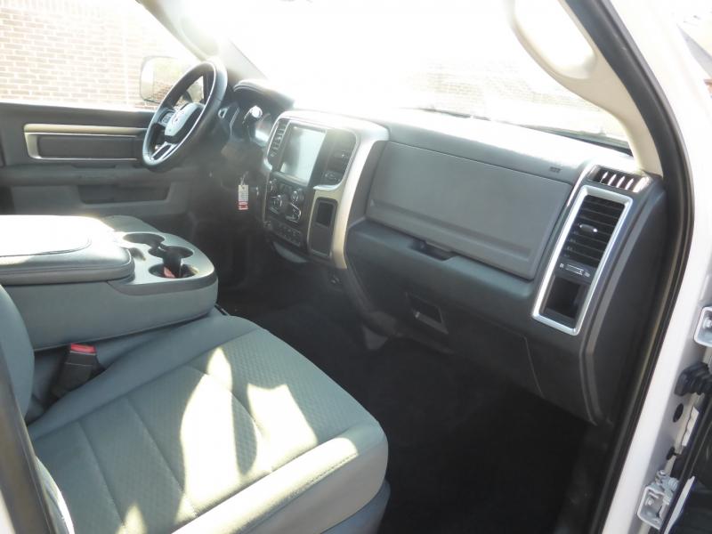 Dodge Ram 2500 2016 price $36,995