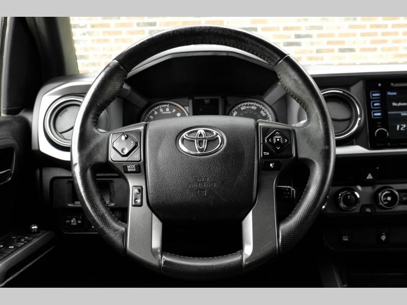 Toyota Tacoma 2017 price $25,995