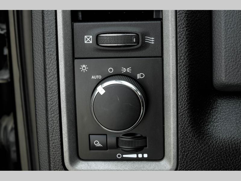 Dodge Ram 2500 2015 price $34,995