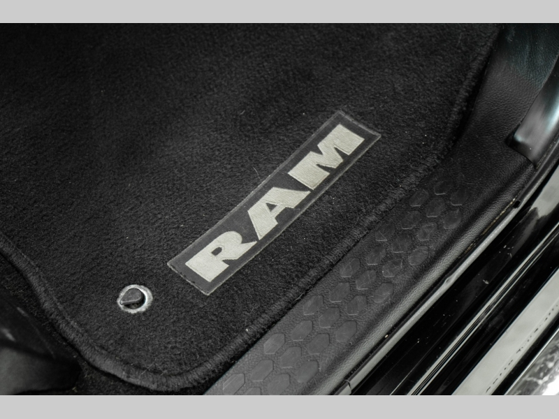 Dodge Ram 3500 2014 price $40,995