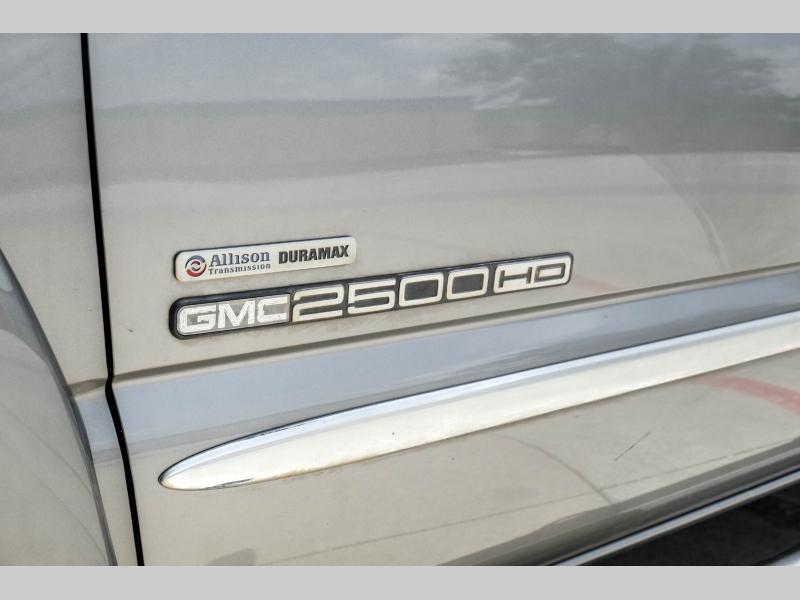 GMC Sierra 2500HD 2006 price $16,995