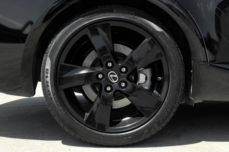 Lexus IS 200t 2016 price $26,995