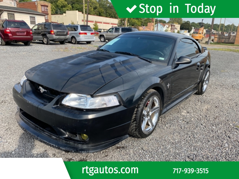 Ford Mustang 2000 price $3,000