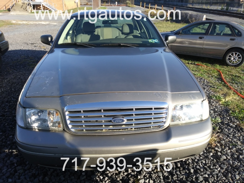 Ford Police Interceptor 2004 price $2,950