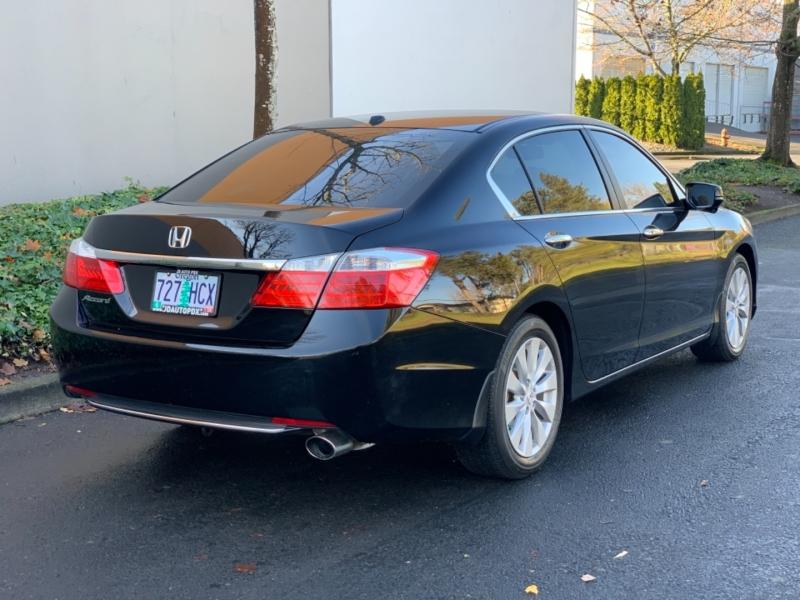 Honda Accord Sdn 2013 price $13,995