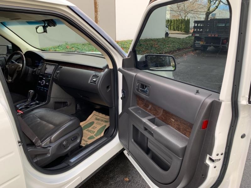 Ford Flex 2013 price $11,995