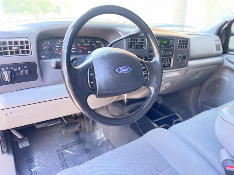 Ford Super Duty F-250 2004 price $14,995