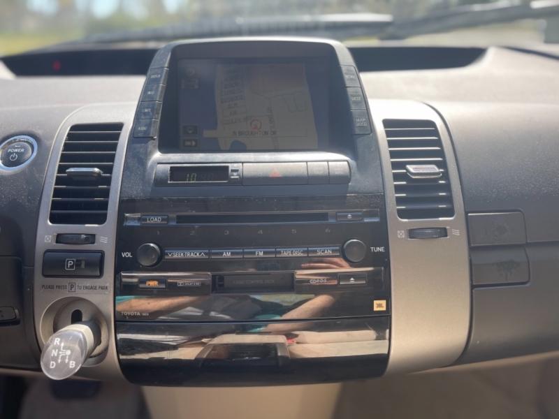 Toyota Prius 2005 price $4,995