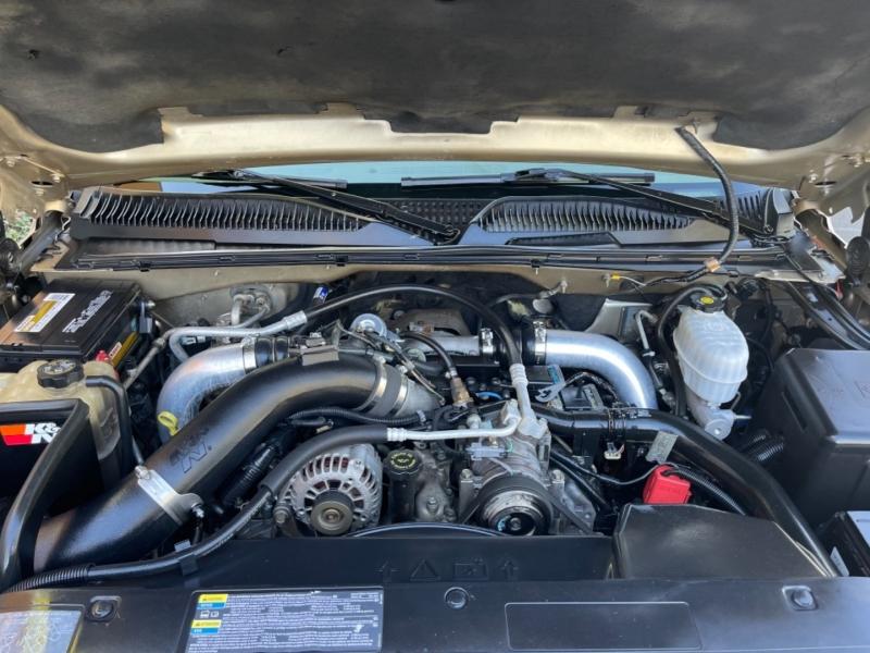 Chevrolet Silverado 2500HD 2004 price $15,995