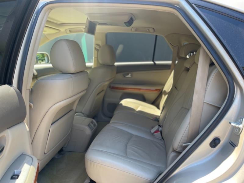 Lexus RX 330 2005 price $8,495