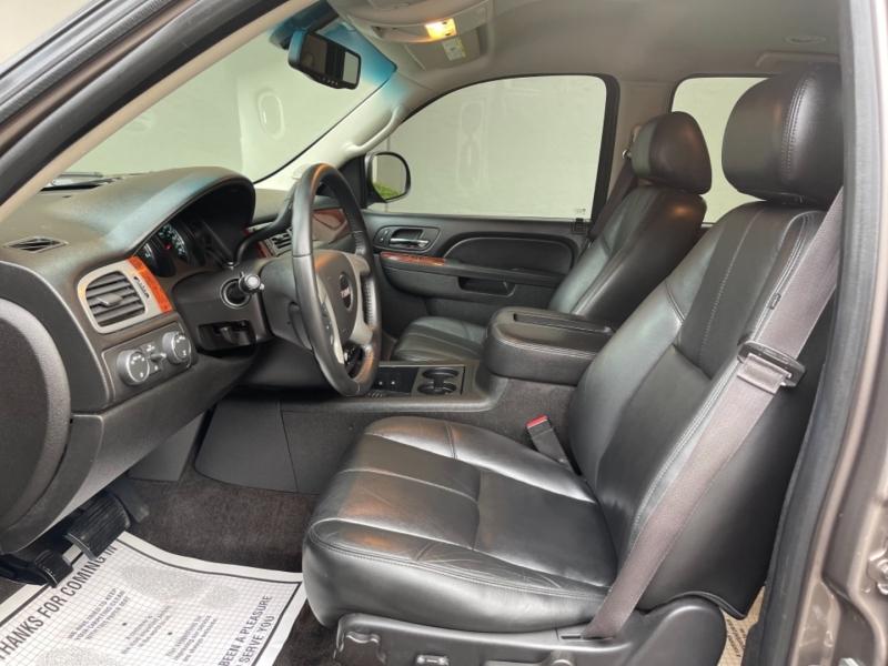 GMC Yukon XL 2014 price $16,995